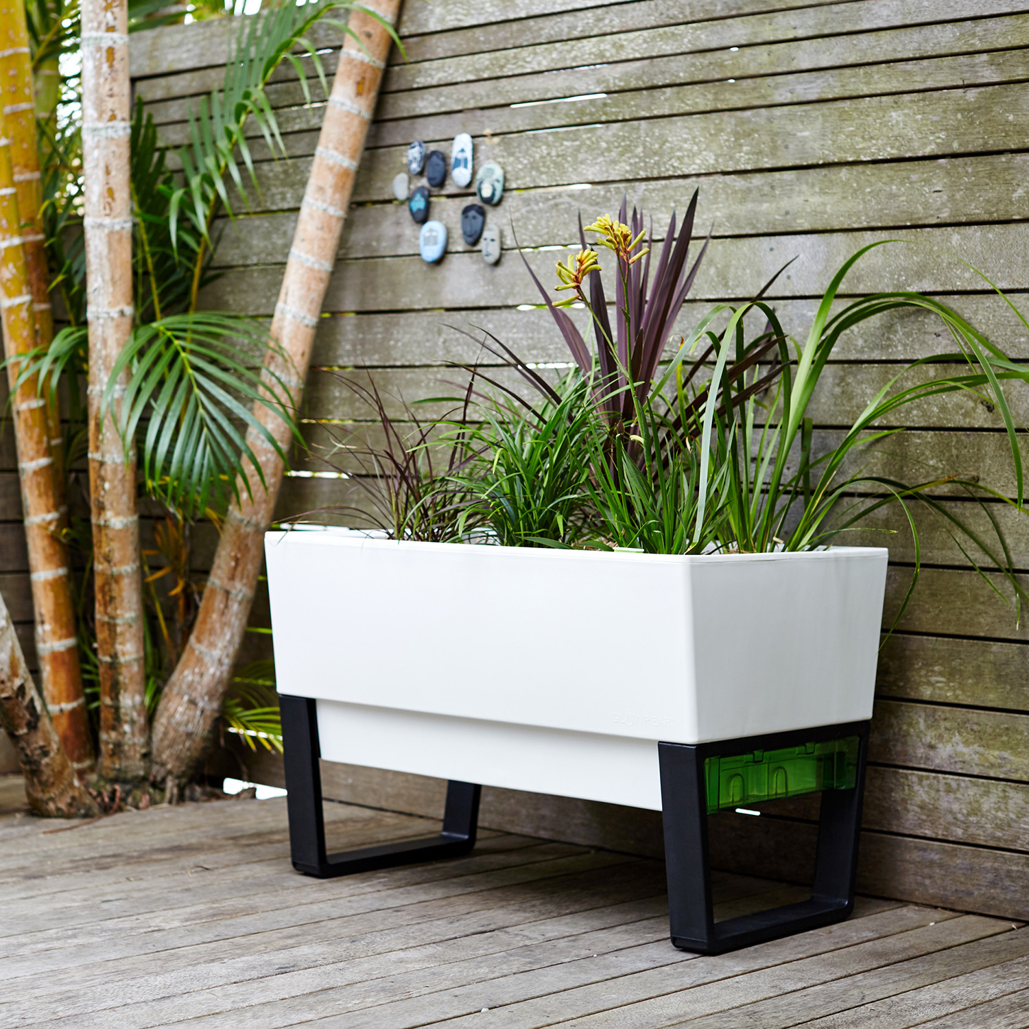 Glowpear Urban Garden Self Watering Planter Box: Christmas Gifts That Won't Cost The Earth
