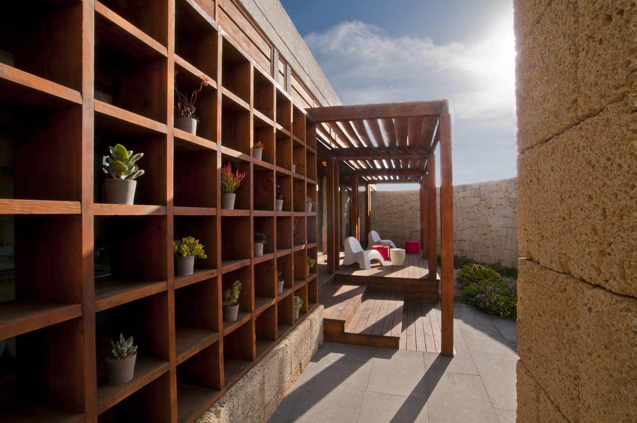 Bioclimatic House Courtyard