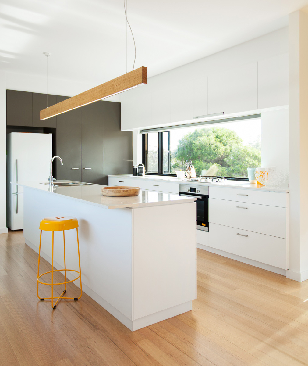 point lonsdale house white kitchen